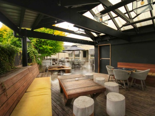 Royal Hotel | Dog Friendly pub in Bowral | Pupsy