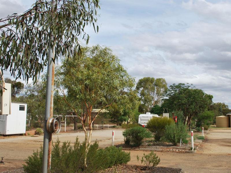 southern cross caravan park 8 6