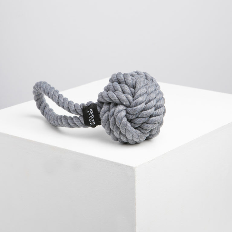 interactive-engaging-dog-toys-rope-molly-barker